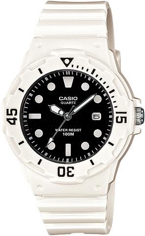 Наручные женские часы Casio LRW-200H-1E